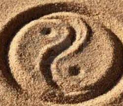 yin-e-yang-sabbia-250x216-33kb-evidenza